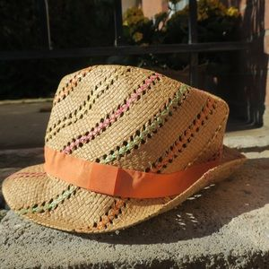 Accessories - ‼️SOLD‼️ Colorful straw fedora. Summer beach hat.